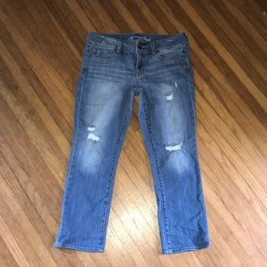 American eagle artist distressed cropped jeans 👖